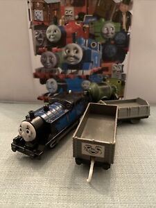 Trackmaster Thomas The Tank Engine Battery Train Steelworks Thomas and Trucks