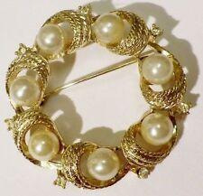 broche ronde bijou vintage couleur or Top Qualité signé LISNER perle nacré *4329