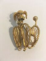 Vintage Gold Tone Wire Poodle Dog Brooch Pin Rhinestones 50s