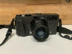 Hasselblad XPAN II 45 mm Lens Hasselblad 49mm Centre Filter and Leather Case
