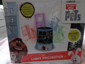 The secret life of pets Light projector NEW LED light shines blue/red/green