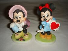 Pair of Disney Minnie Mouse Porcelain Figurines - Matte Finish - Flowers / Heart