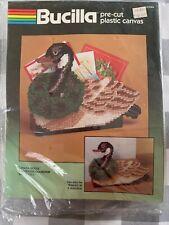 Bucilla Plastic Canvas Yarn Kit NEW Christmas Canada Goose Mailholder 61046