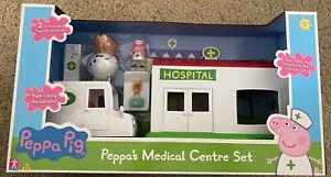 Peppa Pig - Peppa's Medical Hospital Centre Play Set - Dr Brown Bear