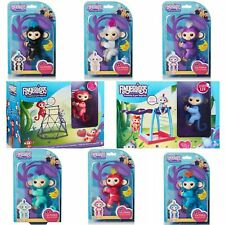 Complete Set Of 8 Fingerlings Baby Monkeys, Jungle Gym And Monkey Bars Playsets