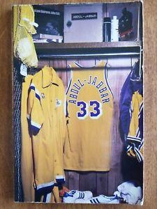 1988-89 Los Angeles LAKERS NBA Basketball MEDIA GUIDE Kareem Last Year
