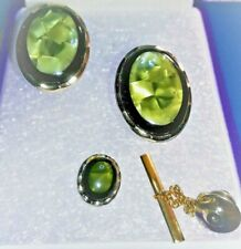 VINTAGE GOLD TONE LABRADORITE / GREEN AGATE STONE OVAL CUFFLINKS & TIE PIN