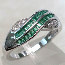 SPARKLING EMERALD 925 STERLING SILVER RING SIZE 5
