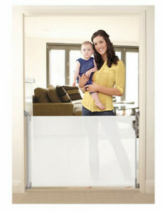 Dreambaby RETRACTABLE GATE WHITE - FITS OPENINGS UP TO 140cm