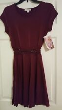 JUNIOR - SZ. M - LOVE FIRE MAROON DRESS (KOHL'S) - NEW WITH TAGS