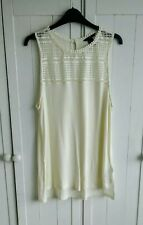 H&M Cream Lace Top Size Large 18-20