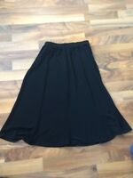 CHICO'S TRAVELERS no wrinkle black skirt size 2 made in USA A Line (large 12)