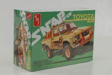 1980 Toyota Hilux Pick up 4x4 SR5 Pickup Snap Kit Kit 1:24 Amt