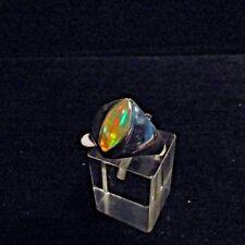 Ring, Gr.56,  Silber 925 mit einem Opal Cabochon aus Äthiopien