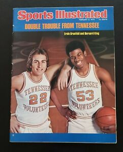 TENNESSEE VOLS DOUBLE TROUBLE ERNIE&BERNIE 1976 SPORTS ILLUSTRATED.NO LABEL!