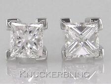 18 Carat Stud Very Good Cut White Gold Fine Diamond Earrings