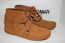 NIB MINNETONKA MOCCASIN Size 7.5 Womens Brown 100% Suede LENA Lace-Up Ankle Boot