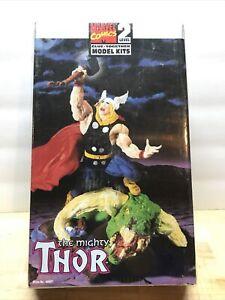 1998 Toy Biz Marvel Comics The Mighty Thor Glue Together Model Kit 48621 SEALED