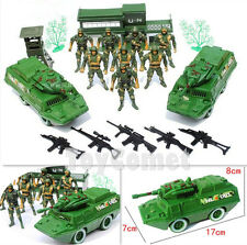 18 pcs Military Armored Vehicle Playset Toy Soldier Action Figures & Accessories