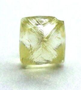 0.74 Karat Kostüm Kanariengelb Schneidbar Dodecahedron UK Natürlich Grobem Karo