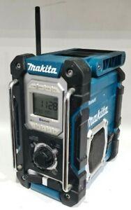 Makita DMR108 7.2V-18V Li-ion Bluetooth Cordless Jobsite Radio + Power Adaptor