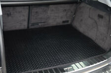 VOLKSWAGEN TOUAREG (2003 TO 2009) TAILORED RUBBER BOOT MAT [2578]