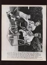 Original 1967 Mickey Mantle Home With Family Wire Photo
