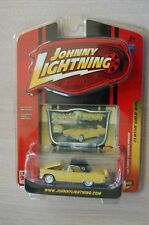 2007 Johnny Lightning yellow 1956 Ford Thunderbird Classic Gold R35 blister pack
