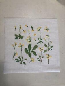 wunderschönes Stickbild Dahlbeck  acufactum Schlüsselblumen Blüten Blumen