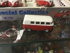 DIECAST 1:60  VW CAMPERVAN SPLIT SCREEN RED AND WHITE VEHICLE KEY RING KEYCHAIN