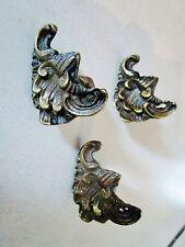 3 anciennes décorations régence pour glace en bronze