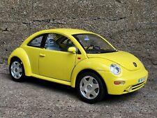 Bburago 1998 Volkswagen New Beetle 1:18 Scale Diecast Model Car Burago VW Yellow