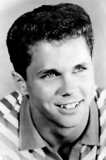 Leave it To Beaver star Tony Dow smiling portrait 4x6 inch real photo