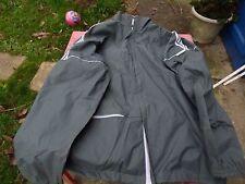 kway  Adidas ventex  gris T 180 veste vintage  se met en boule L
