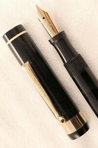 VINTAGE  FLAT TOP DIAMOND MEDALFOUNTAIN PEN  ~ CLASSIC BLACK & GOLD ~ RESTORED!