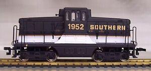 Bachmann Spectrum 80013 GE 44 Ton Switcher Southern #1952 HO Loco. w/Old Clprs