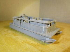 """ S "" SCALE    PONTOON BOAT, FISHING BOAT    L@@K    3D PRINTED  1:64    1/64"