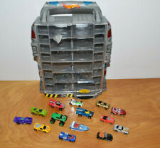 HOT WHEEL MICRO MINI TOY CAR LOT WITH DISPLAY CARRYING CASE 2002 MICRO MACHINES