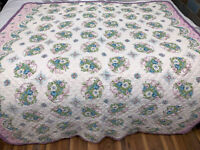 """Vintage Roses And Ribbons Quilt Machine Made 67 X 75"""""""