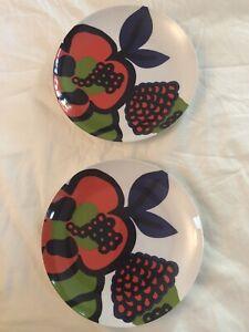 2 MARIMEKKO for Crate & Barrel Melamine Vibrant Fruit Desgn Plates EUC