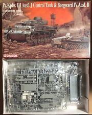 DRAGON 9054 - Pz.Kpfw. III Ausf. J CONTROL TANK & BORGWARD IV 1/35 PLASTIC KIT
