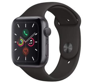 Apple Watch Series 5 Space Gray Aluminum 44mm Black Sport Band