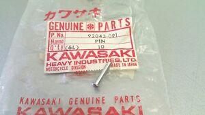 NOS Kawasaki 500 H1 / 750 H2 Pin Hook, Tankdeckel Stift 92043-091