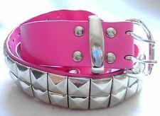 Damen-Gürtel Pink 75 cm Pyramiden-Nieten zweireihig Synthetik 30 mm