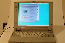 TOSHIBA SATELLITE 200CDS / 810 LAPTOP WINDOWS 95 EXCELLENT (No Battery)