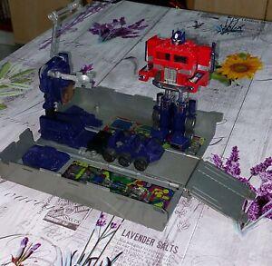 transformers optimus prime g1 takara hasbro
