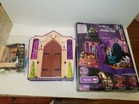 Monster High High School Playset Folding Doll House In Box w/Accessories #MH1001