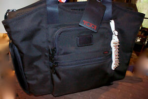 Tumi Dog Carrier Cloud 7 Alpha Pet Cat Tote handbag * RARE find *Fast Shipping *