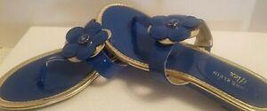 Anne Klein AK Patent Blue w Shiny Gold Trim Thong Sandal Wedge with Flower Sz 8