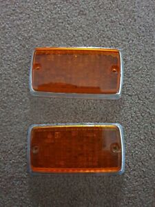 PAIR OF MK1 ESCORT FRONT INDICATOR LENS PRE OWNED GEN FORD 1 PAIR MEXICO RS2000